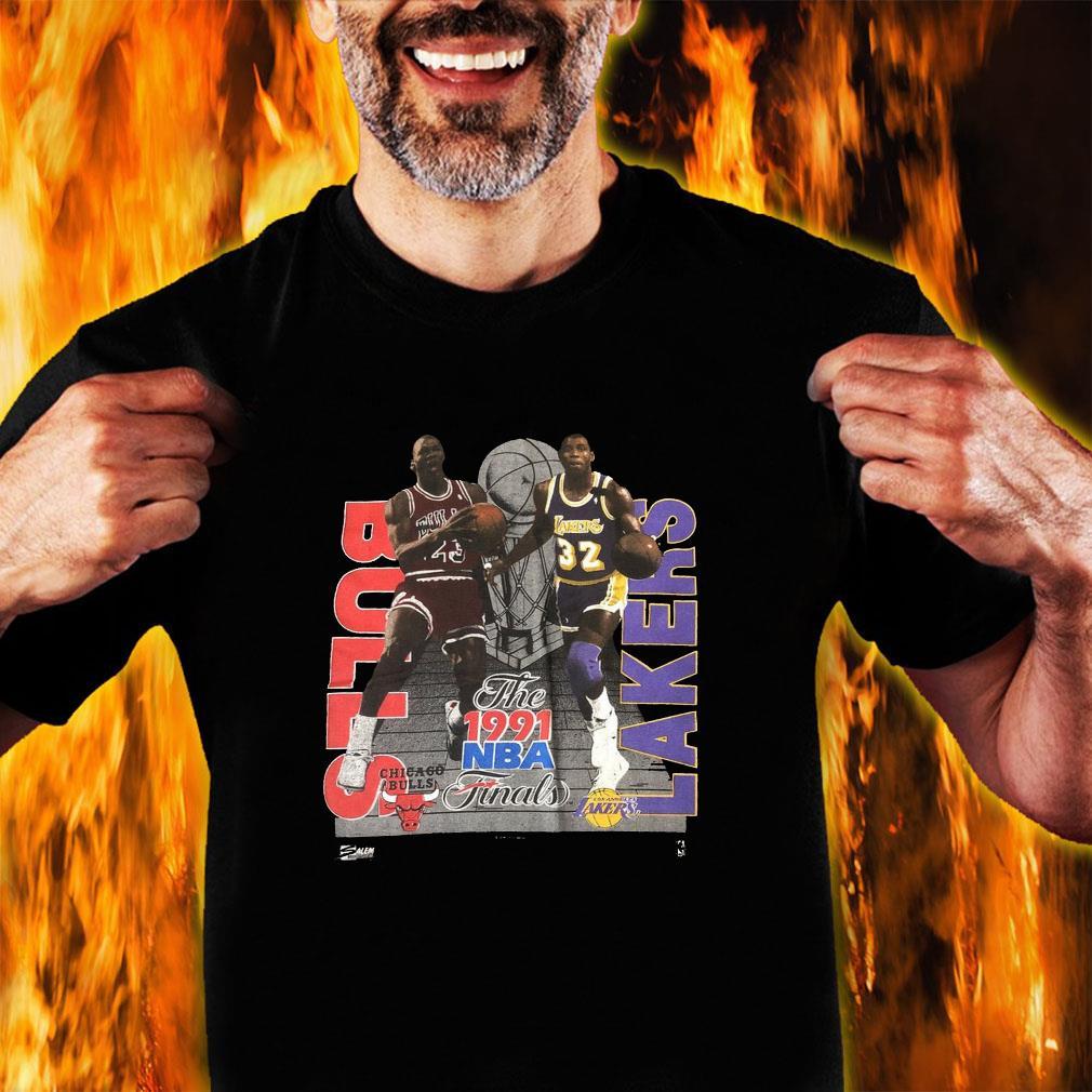 Vintage 1991 NBA Finals MICHAEL JORDAN Magic Johnson T-Shirt unisex