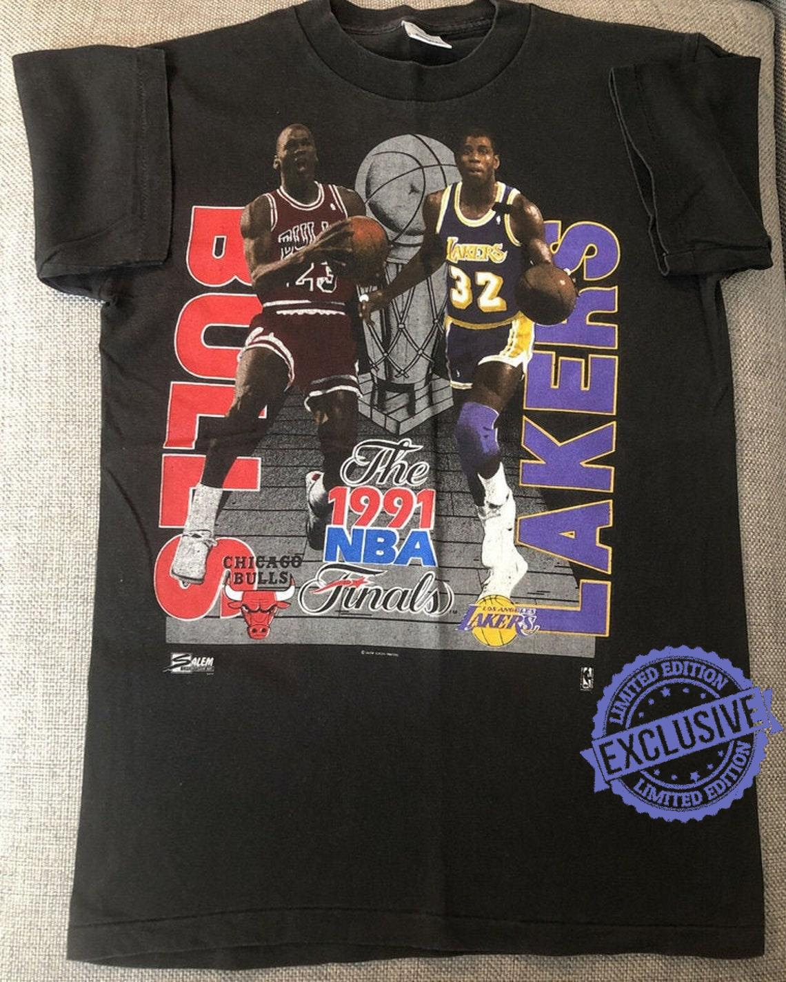 Vintage 1991 NBA Finals MICHAEL JORDAN Magic Johnson T-Shirt